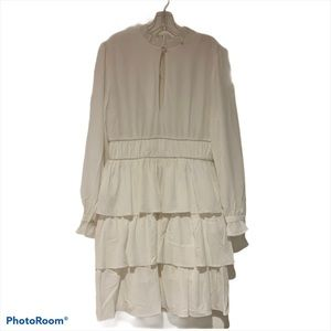 BB Dakota Flutters Ivory Dress new without Tag